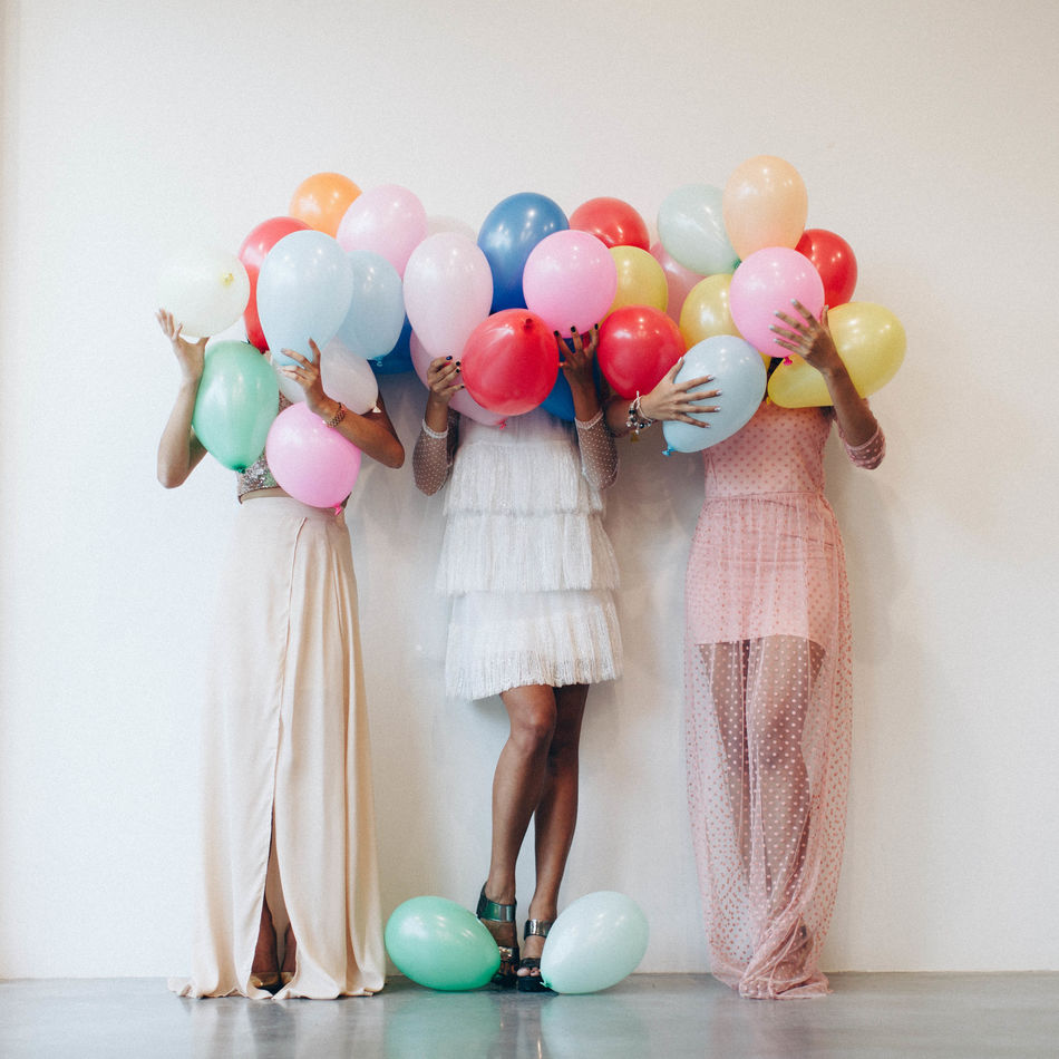 Adult Adults Only Balloon Beautiful People Celebration Day Full Length Helium Helium Balloon Indoors  Inspiration Large Group Of Objects Multi Colored One Person Party - Social Event People Standing Variation