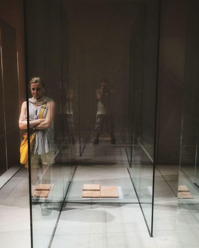 Glass Labyrinth Labiennale Architecture Reflection Image Man Girl Walking Around Lost Bricks Mirror Picture Mirrorreflextion
