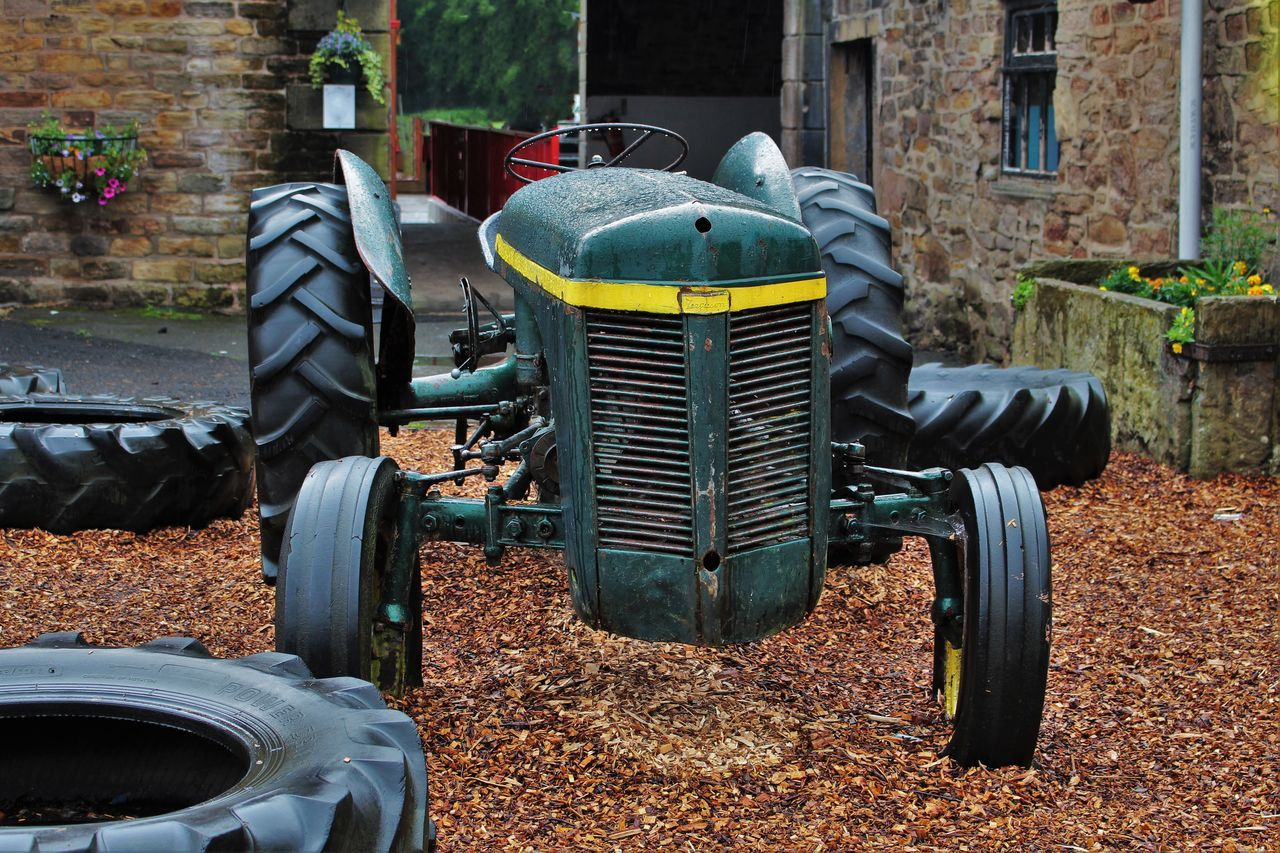Building Day Farm House Fashion Ferguson Tractor Flowers Green Lifestyles Outdoors Play Area Tractor