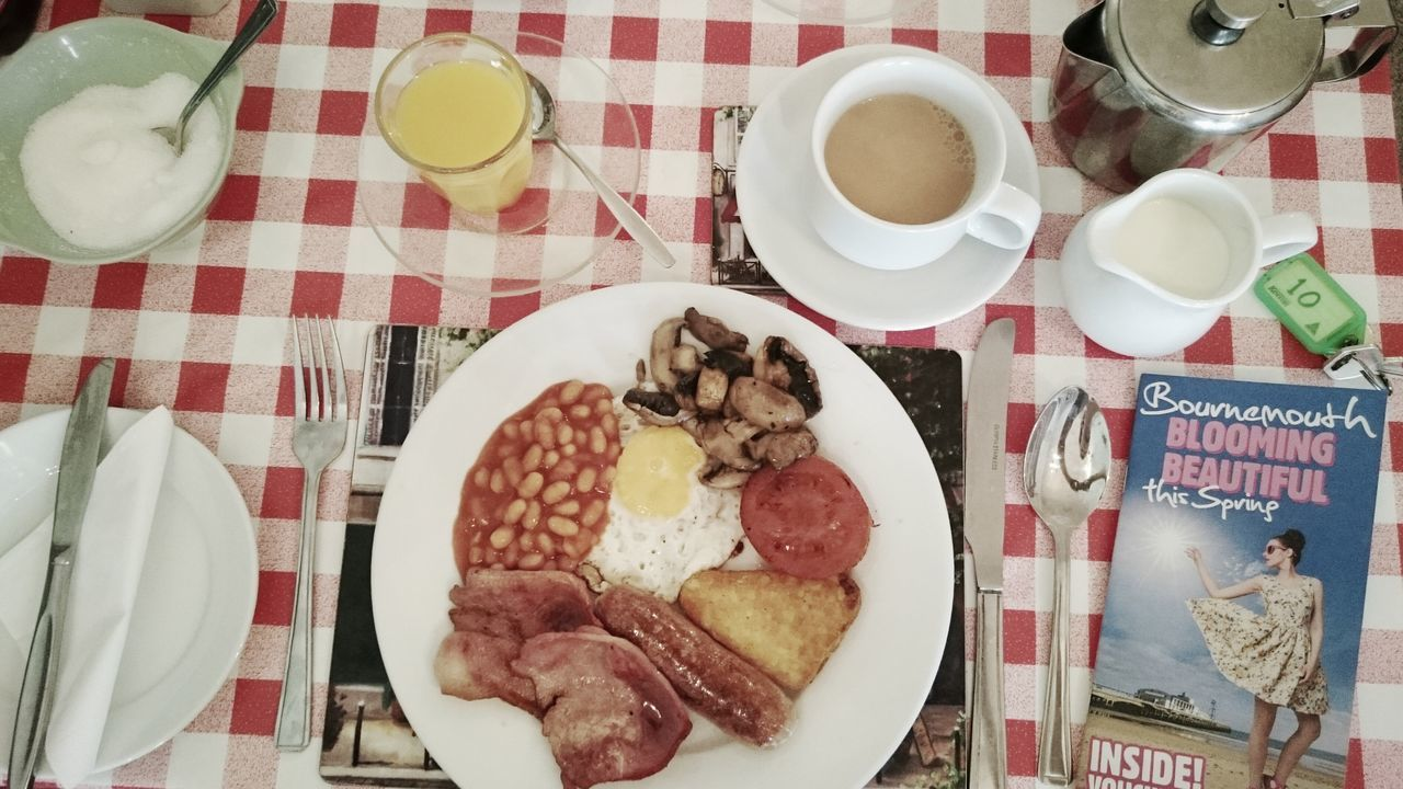 Full english breakfast. Let's start the day ;-)My Favorite Breakfast Moment English Breakfast English Breakfast Breakfast Time Beans Egg Sausage Tomato Mushrooms Table Texture Cup Of Tea Tea Bread Orange Juice  Starting The Day Holiday View From Above No People