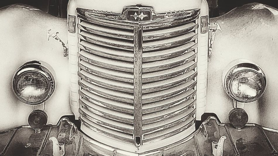 Vintage Cars IPhoneArtism Streamzoofamily Tadaa Community AMPt_community IPhoneography TheMinimals (less Edit Juxt Photography) Bnw_friday_eyeemchallenge NEM Black&white EyeEm Bnw