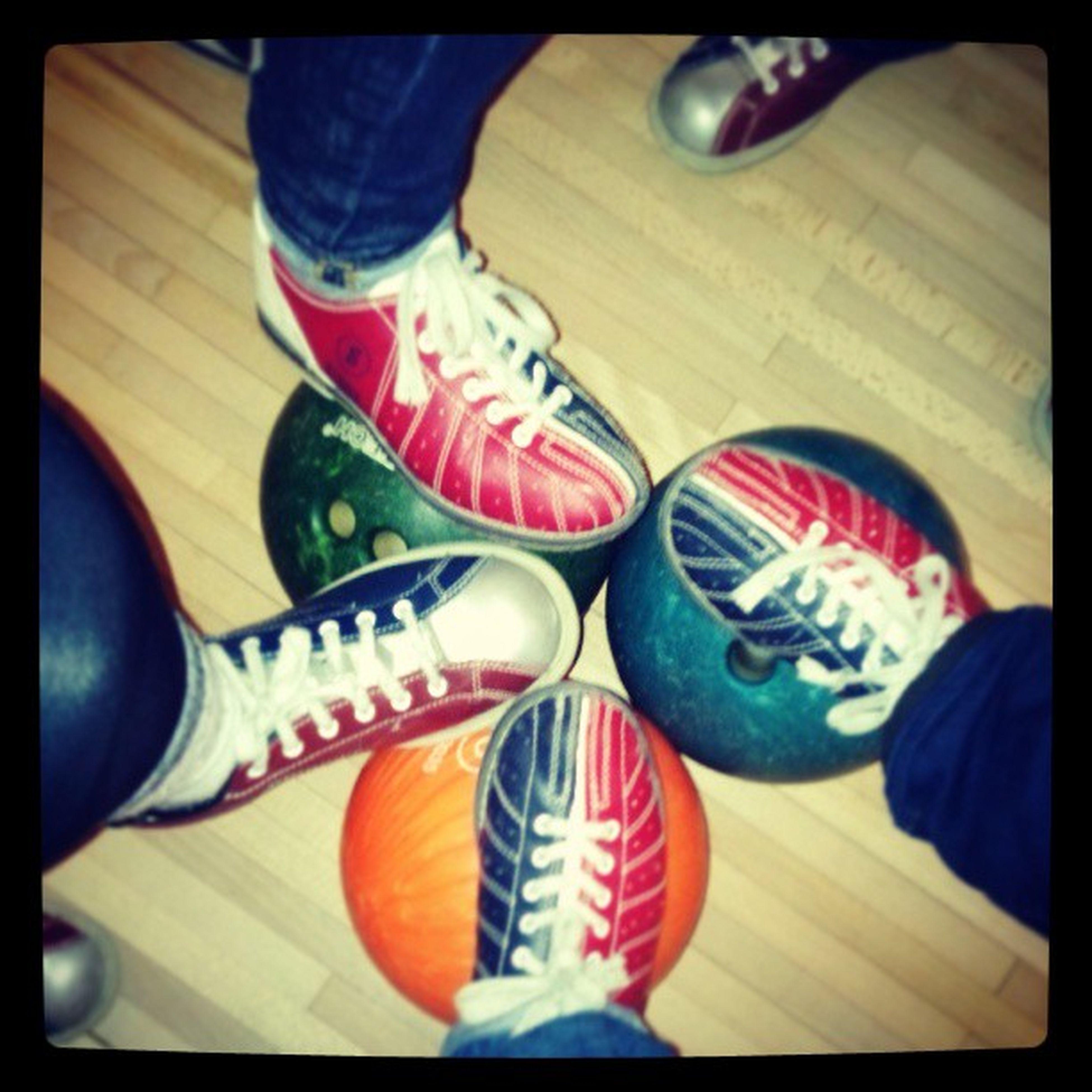 Bowling bowling bowling Ouderwetsgezellig