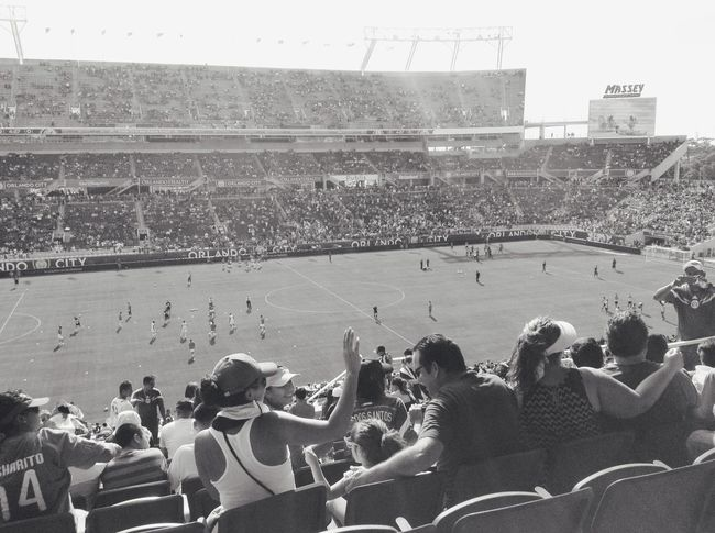 Throwback to the Mexico soccer game ⚽️💘 14 Chicharito Heslife💗 Soccerislife ⚽️💓