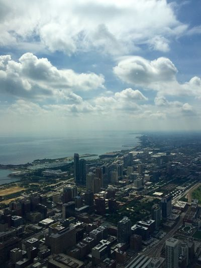 Chicago Amazing View Cityscapes Lake Michigan Willis Tower Clouds And Sky