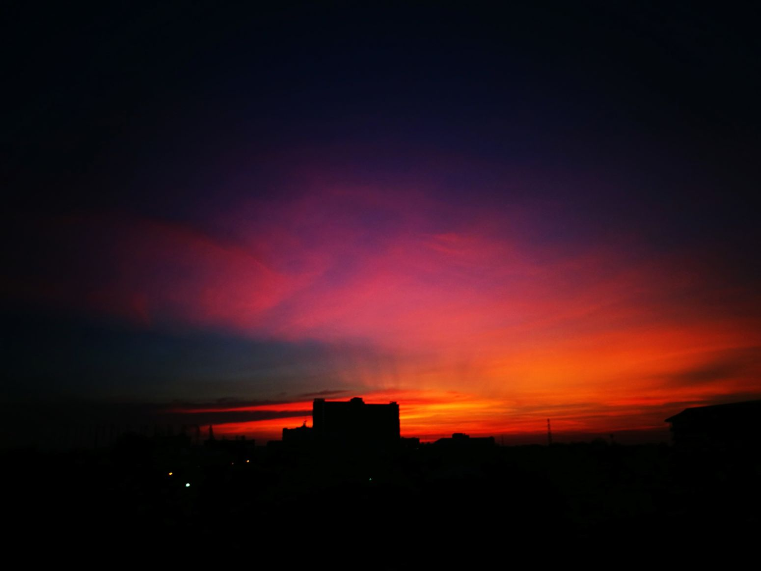 Silhouette Red Nature No People Built Structure Scenics City Sky Architecture Beauty In Nature Skylovers Nature Photography Night Outdoors