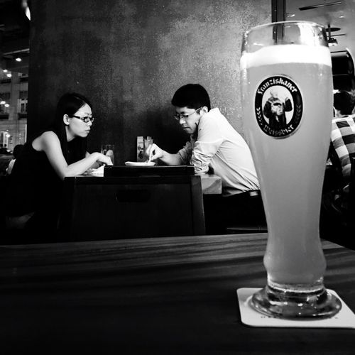 IPhoneography Mobilephotography Streetphotography Street People Watching Black And White Black & White Blackandwhite Monochrome Beer Singapore