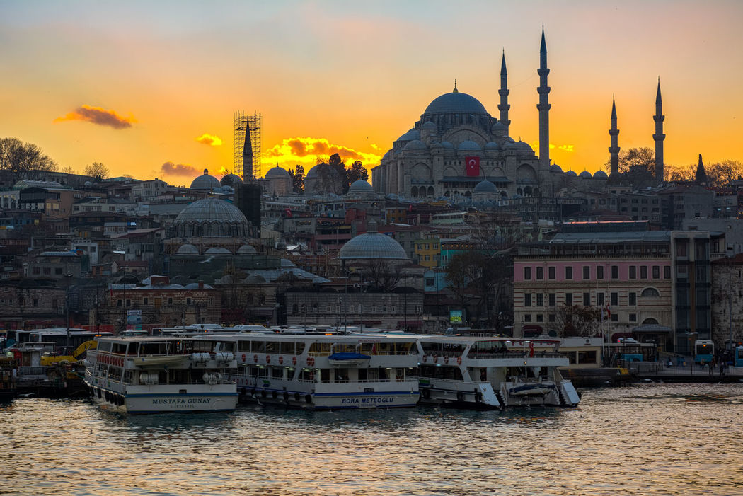 Süleymaniyecamii Camii Mosque Sunset Architecture Place Of Worship Cityscape Travel Destinations Dusk Silhouette Sky Travel Golden Horn Galata Bridge Golden Horn Istanbul Galata Köprüsü Ottoman Empire Ottoman Style Türkei Türkiye Travel Tourism City Old Architecture Islam