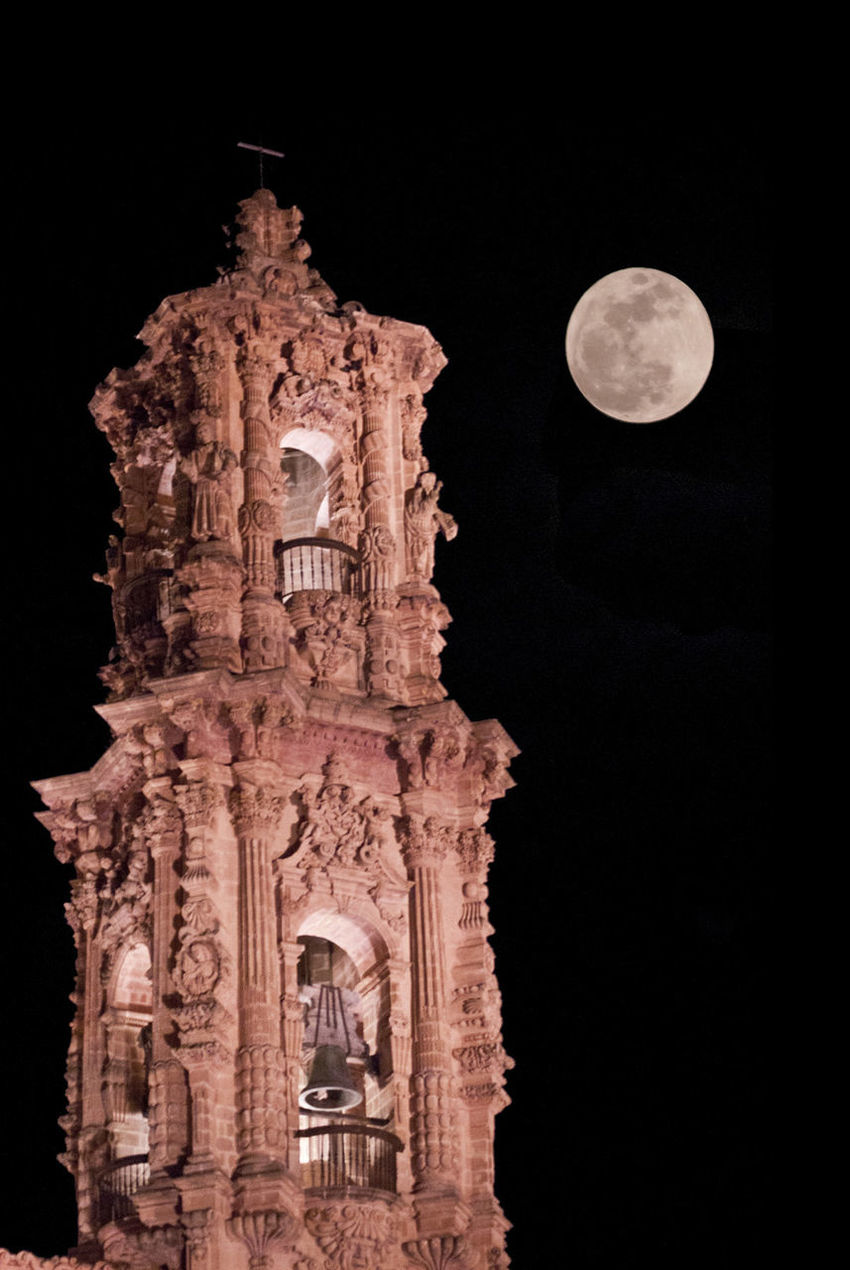 Architecture Astronomy Building Exterior Built Structure Church Clock Full Moon History Medieval Moon Night No People Outdoors Perihelio Place Of Worship Religion Sky Spirituality Statue SuperLuna Superluna2016 Supermoon Supermoon2016 Taxco  Travel Destinations