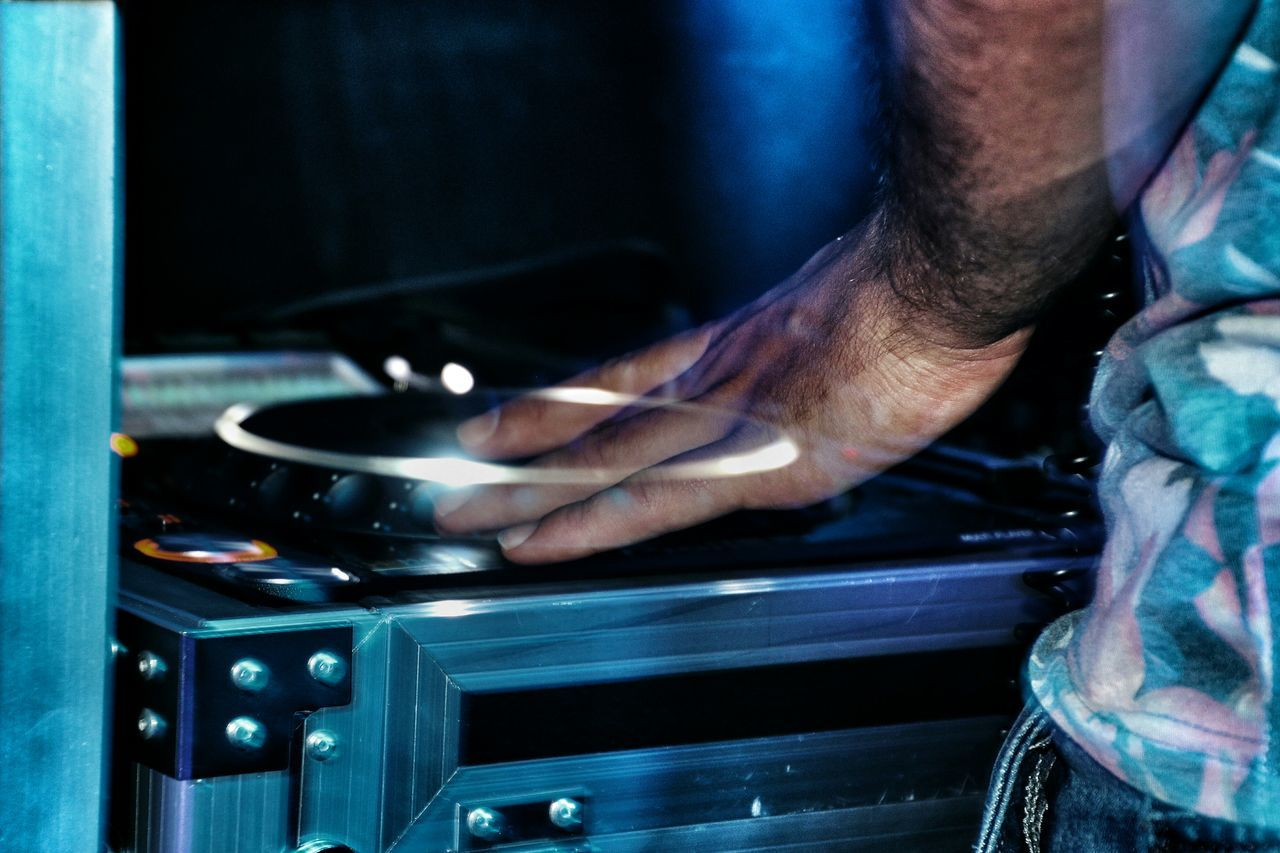 Beautiful stock photos of music festival, Arts Culture And Entertainment, DJ, Glass - Material, Human Hand