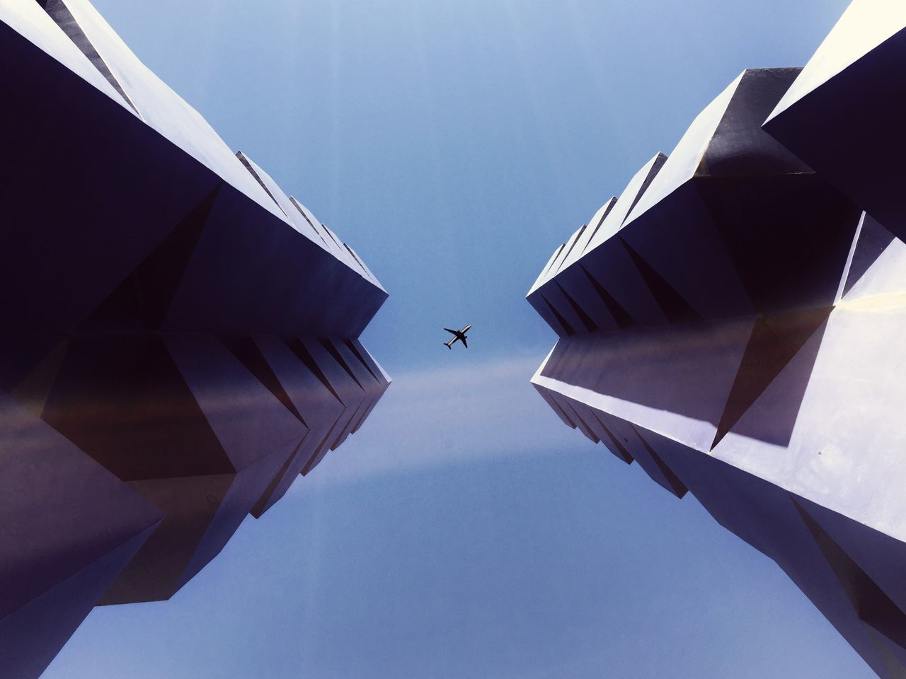 Go Back. TheMinimals (less Edit Juxt Photography) Shootermag EyeEm Best Shots Minimalobsession AMPt Community Minimalism Showing Imperfection Blue Wave The Architect - 2016 EyeEm Awards Fine Art Photography Pivotal Ideas