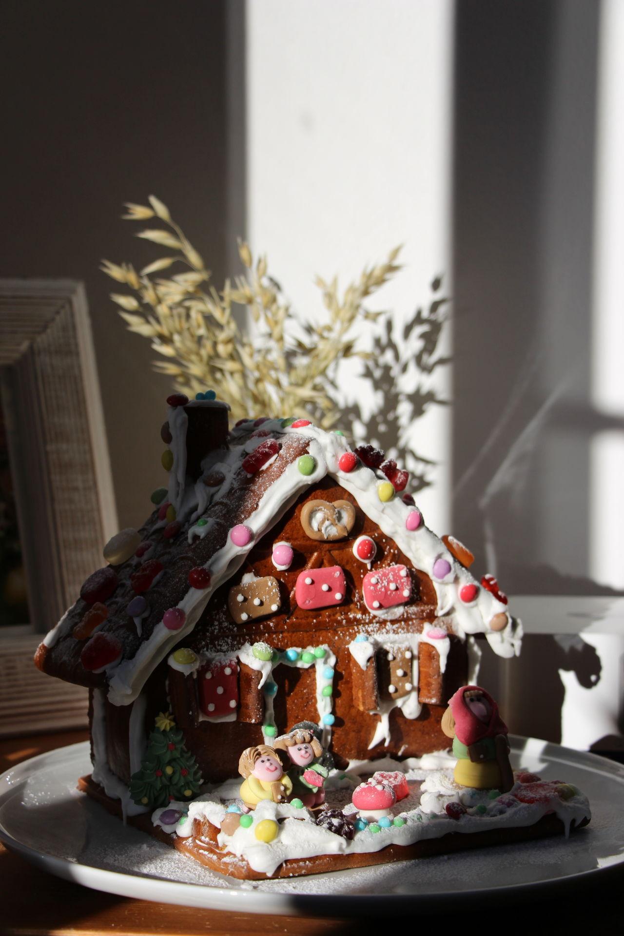 Christmas December Dezember Ginger Gingerbreadhouse Lebkuchen Lebkuchenhaus Sonnenstrahlen Sunlight Sweets Süßigkeiten Tradition Weihnachten Zucker