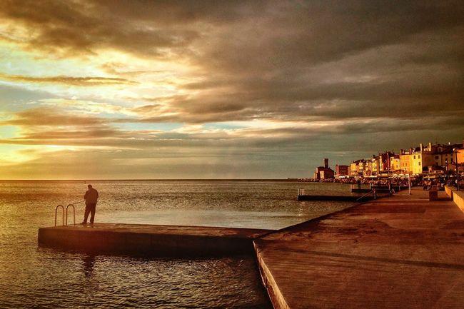 IPhoneography Streetphotography Architechture Sea And Sky Seascape Beach Landscape Seascape Sunset