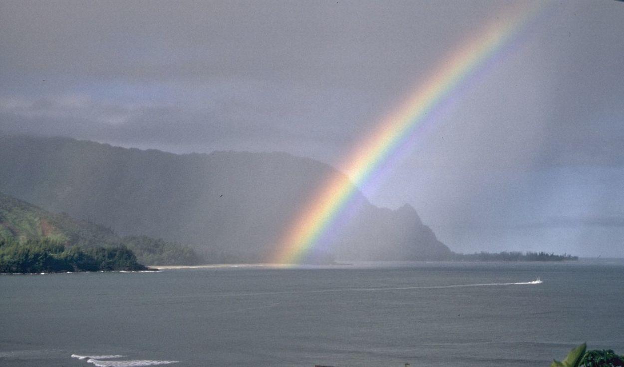 Rainbows Rainbow Hawaii Kauai Hanalei Bay  Pacific Ocean Pacific Islands Nature