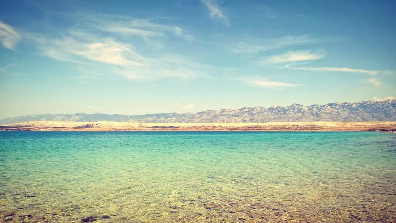 scenics, beauty in nature, nature, tranquility, tranquil scene, sky, cloud - sky, mountain, outdoors, landscape, no people, day, lake, water, travel destinations, mountain range, view into land, salt - mineral