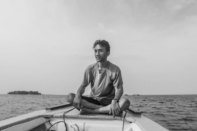 Beautiful Nature Black & White Black And White Monochrome Nature On A Boat Outdoors People Portrait Sea Sky The Great Outdoors - 2016 EyeEm Awards The Portraitist - 2016 EyeEm Awards Traveling Water