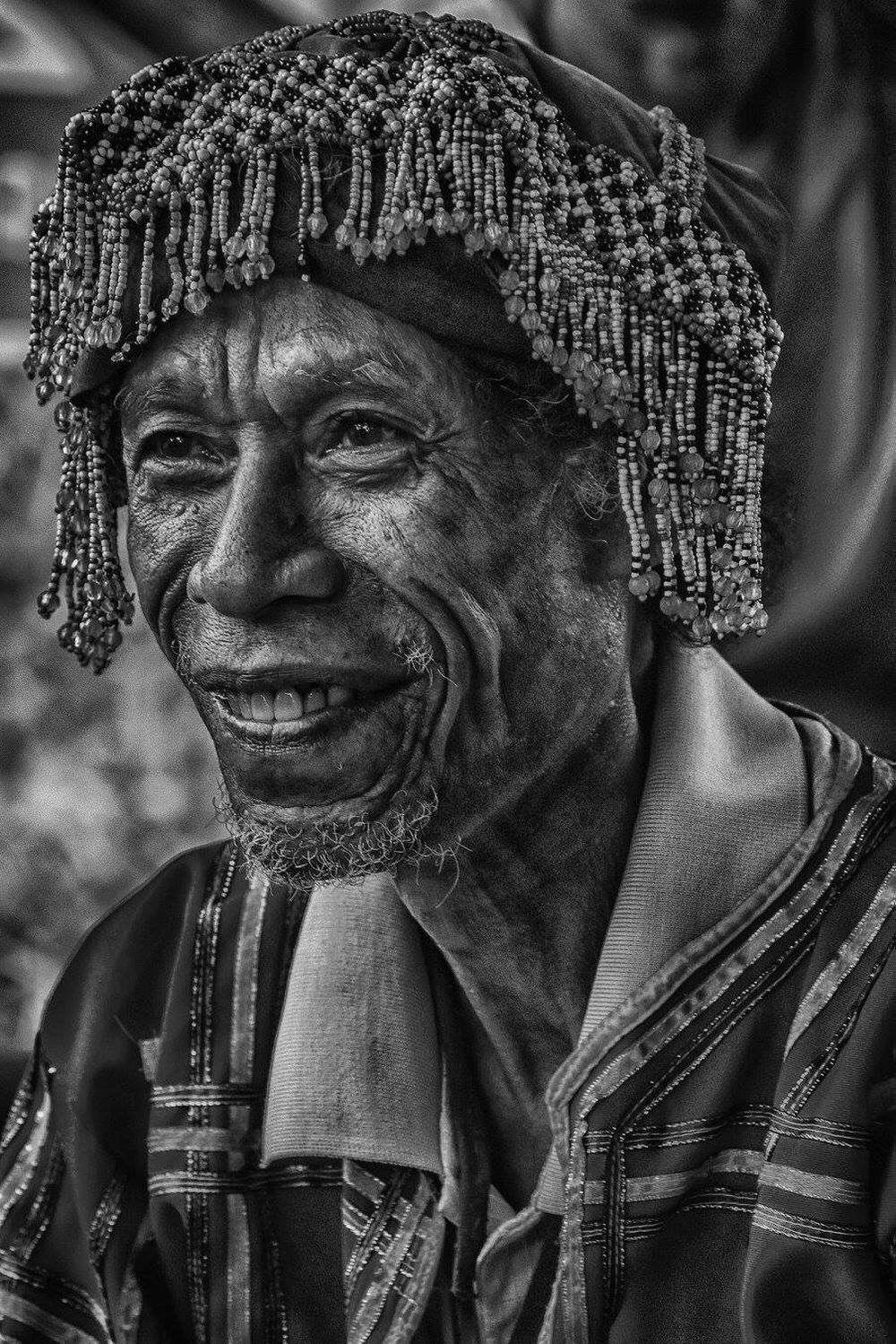 "A ""Datu"" (leader) of an indigenous tribe in the Philippines took time to sit down for a brief discussion of their struggle back in their homeland. First Eyeem Photo Tribe Culture Philippines Streetphotography Minority Indigenous  Datu Leader Updiliman Quezon City Pilipinas Fight Justice Portrait Blackandwhite"