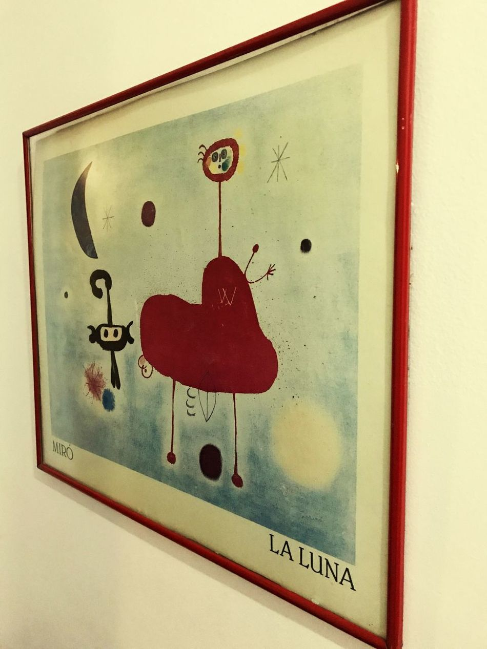 La luna 🌙 Table Red Table Setting Paint PaintBox Painting Communication Close-up Indoors