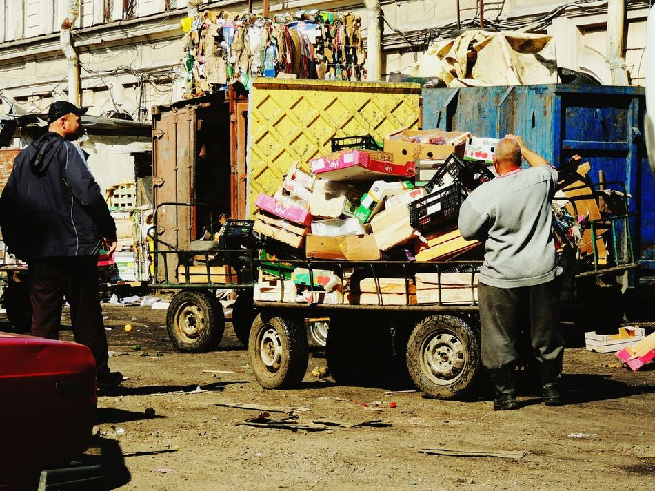 Sankt-peterburg Another Side Marketplace New Technology Springtime On The Way