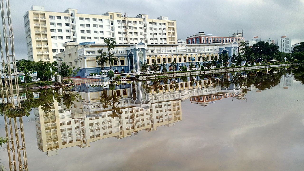 Perfect Reflection Srmuniversity T P Ganesan SRMUniv Chennaifloods2015 Srmfloods Srm Flood Chennaifloods Chennai Flood Srm University