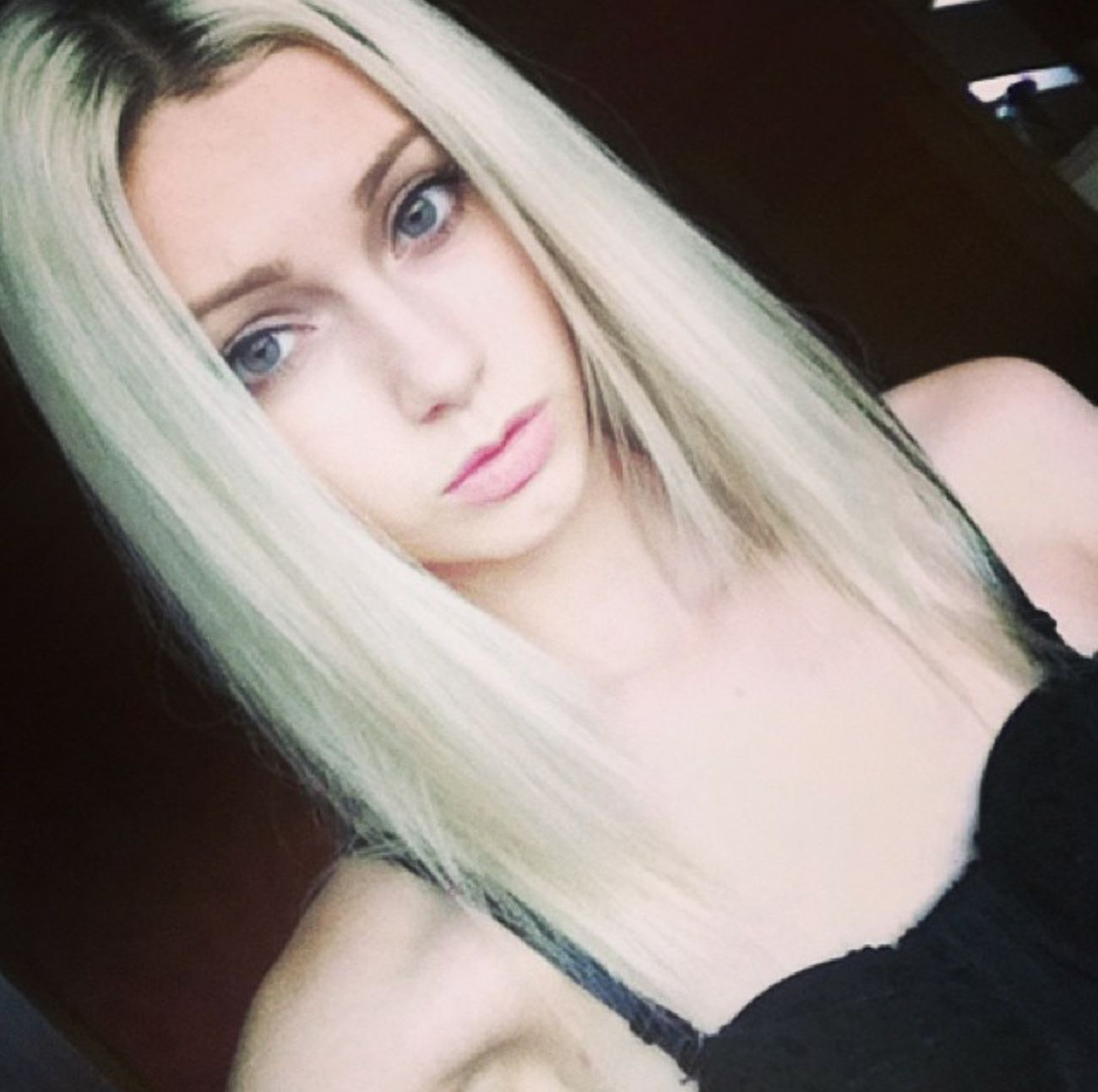 Roots are always in I swear 🙆 Roots Me Sexygirl Pale Hot Style Blonde Fashion Cute Gorgeous Model Girl Life Beauty Love Happy Hair Beautiful Eyes Faces Of EyeEm