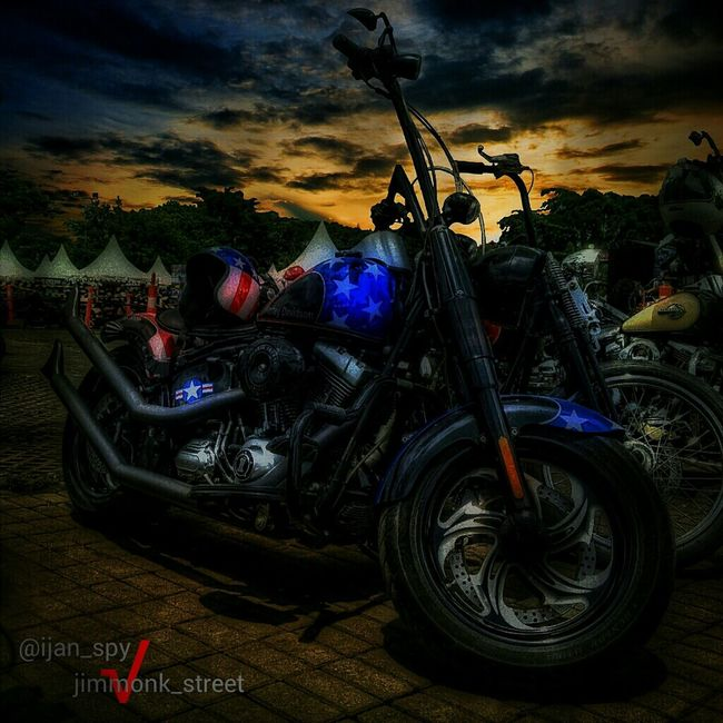 My Chooper Original Pic: @jimmonk_street_hdr @jimjimhey Courtesy Of: @arabe_ Entry For #jims_edit05