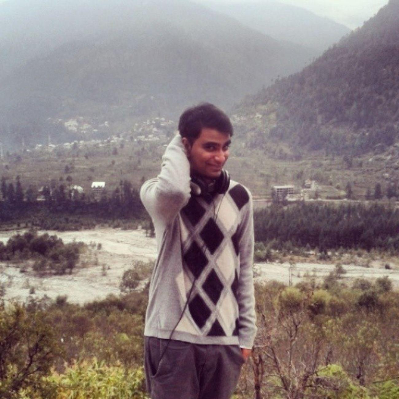 Manali <3 Photocredits Van17 Manali Himalayas Collegelife Collegetrip Instaedit Igers Himachal Mountains Cold Thandd Funtimes GoodTimes POTD Picoftheday Wanderlust Followforfollow Likeforlike Desi Newdelhi