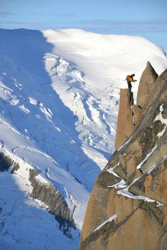 AlpesFrancaises Enjoying Life Freedom EyeEm Best Shots Nofilter Moutain Top Moutain View Aiguilledumidi Haute-Savoie  Sunrise And Mountain Top Moutains Alpinism Montblanctop Mont-Blanc