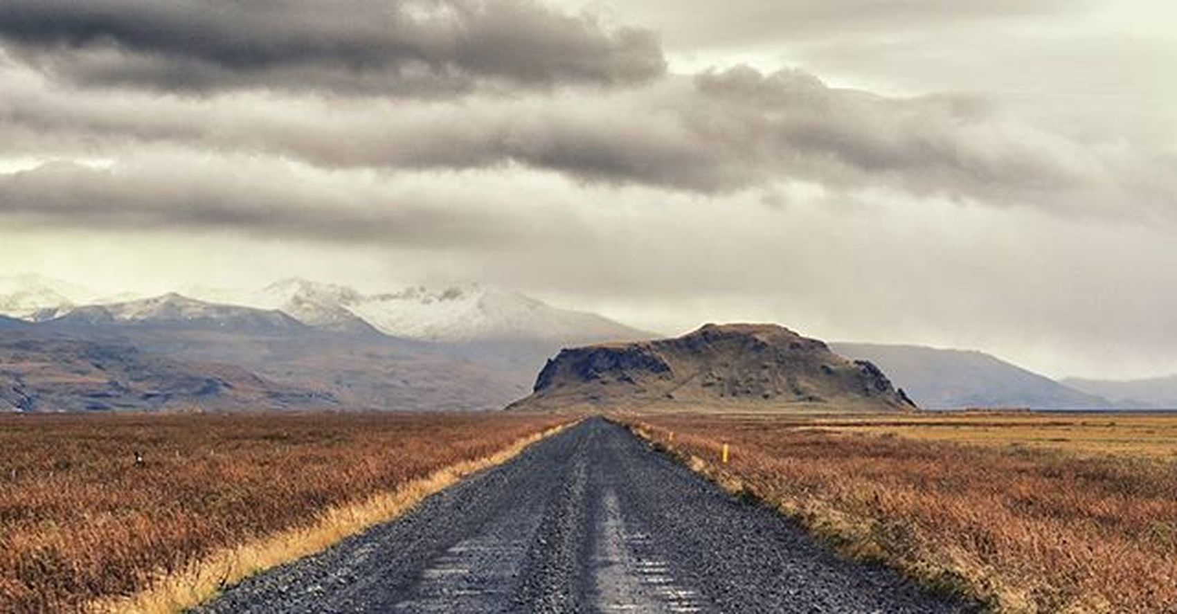Lonelyroad Hill Mountain Iceland Fall Autumn Gravel Travel Stori