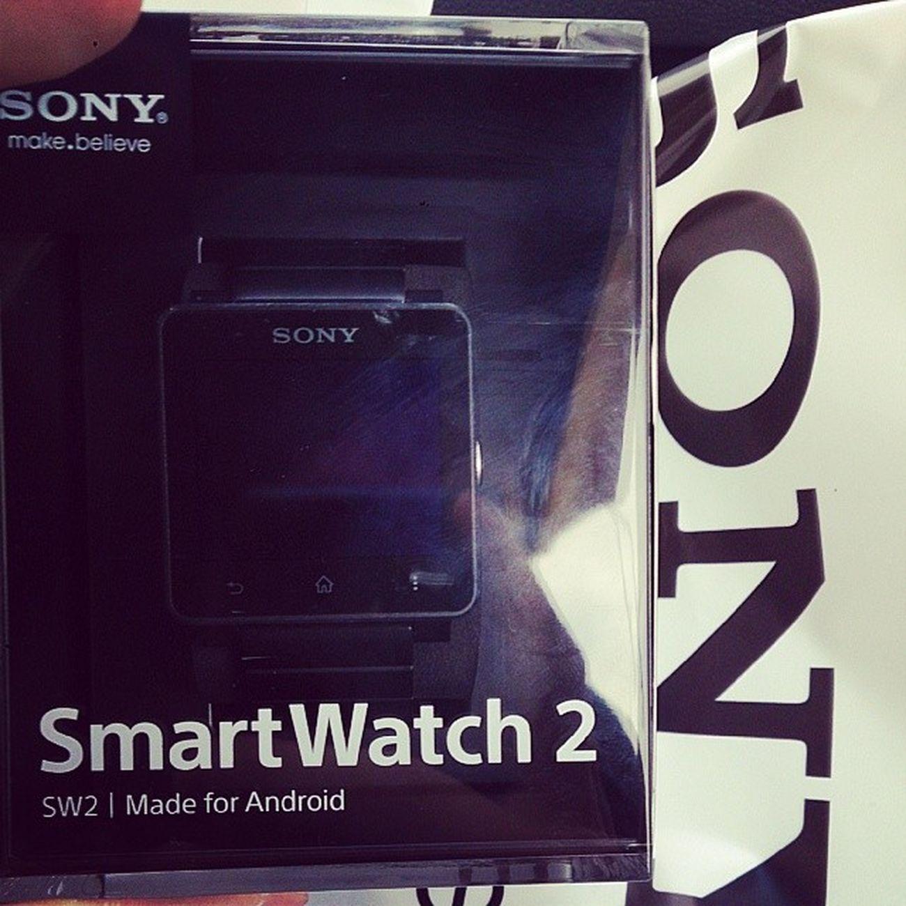 Sony Smartwatch2 пришли)))
