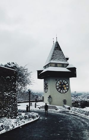 Schlossberg Graz Uhrturm Graz Snow Winter Cold Temperature Weather Architecture Built Structure Shades Of Winter Building Exterior Nature Sky Outdoors Frozen Day Snowing Beauty In Nature Warm Clothing EyeEmNewHere