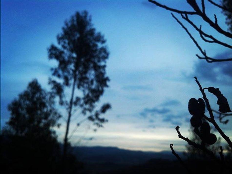 Atardecer azul Fotos nobsanas Nobsa