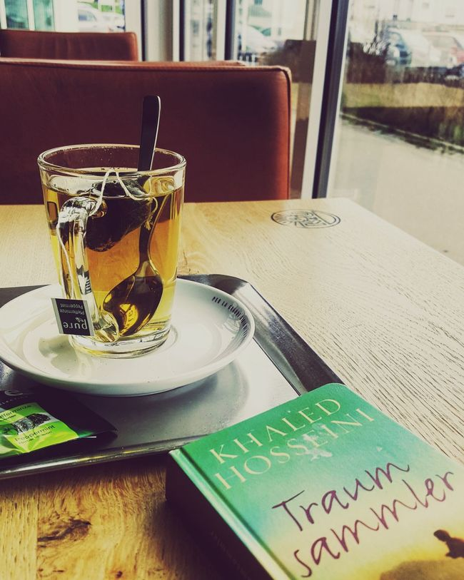 Khaled Hosseini - Traumsammler First Eyeem Photo Tea Time Book Khaledhosseini Andthemountainsechoed Traumsammler Reading Soulfood