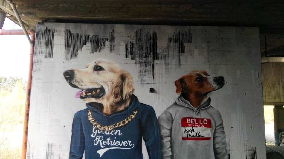 Mural Graffiti ROH Fassung : Freewall Unter Der Brücke 2 Hunde 2 Dogs Two 2 Unter Der Autobahn Zwei Hunde Two Dogs Found Art Is Everywhere, by ALBINO_ONE
