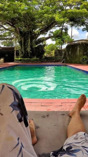 Relaxing by the pool and doing nothing... Fiji Relaxing Tropical Swimming Pool Goprohero4