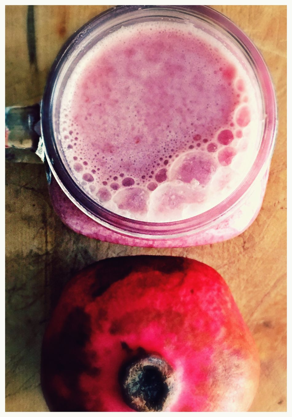 Breakfast Drink Fruit Healthy Eating Freshness Food And Drink Red Pink Color Close-up Refreshment Healthy Lifestyle No People Indoors  Vitamins IPhoneography Handmade For You Close Up Red Food And Drink Lieblingsteil Pomegranate Bubbles Autumn Colors Glass Mug Freshly Squeezed