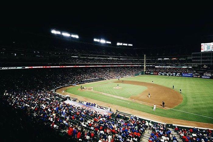 Aaaaaaye we're losing 😢😢😢😢 ⚾⚾⚾⚾ Texasrangers Texas Texasbaseball Mlb Rangers VSCO Vscocam Vscogrid Instasports Mlblife Baseball Holaday Deshields Hamilton 43 Rangers Txrangers