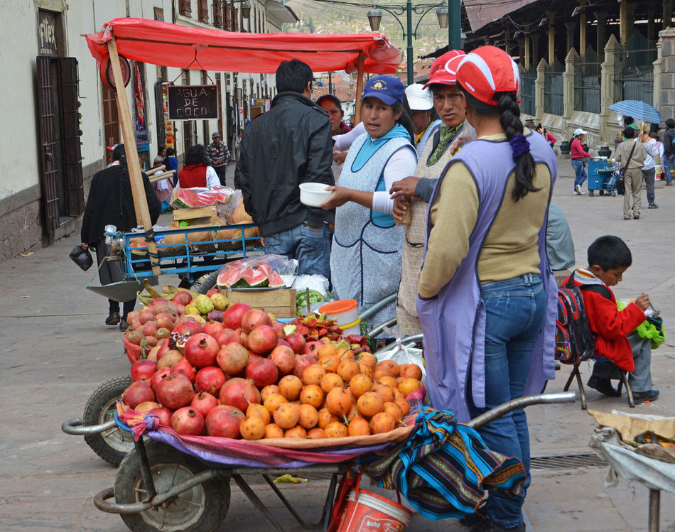 Beautiful stock photos of native american, freshness, market stall, fruit, selling