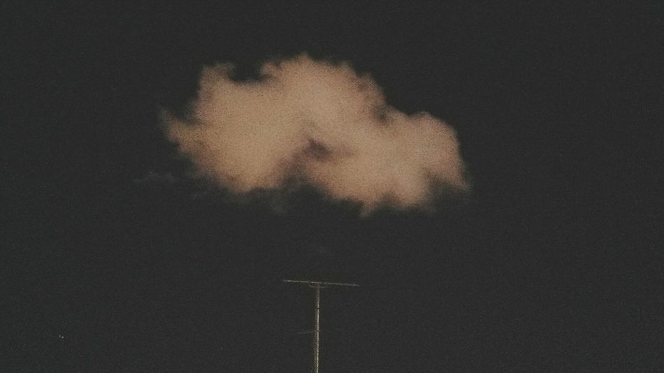 Cloud Cloudy Clouds & Sky Chill Nightphotography Taking Photos Thinkdifferent Close-up Leisure Activity Relaxation Outdoors Nocturne Nocturna