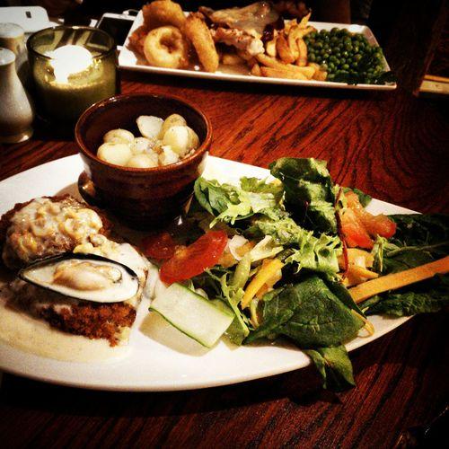 I ate healthily tonight ??? Dinner Fish Pub Healthy