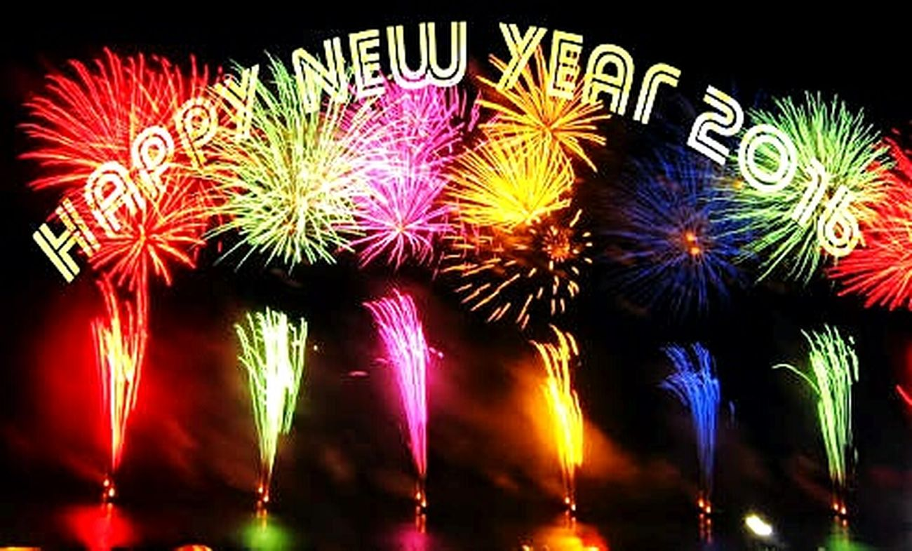 Happy New Year 2016 let us forget all mistakes in our lives ! And start from a new start!!! Happy new year to all eyeem users ! Happiness♥ 2016 Happy 2016! New Year Celebration Friends Families Sweets Tofees Etc
