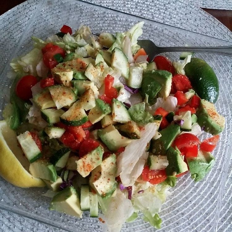 Now that's a salad. Eatinghealthy Healthy Salad Sogood Yummy Allnatural GetFit Behappy Eatgood