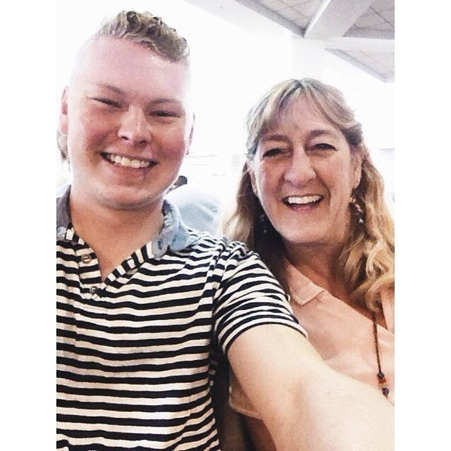 Oh, you know...just takin a Selfie with my aunt I haven't seen in about 2 years. On the same flight back to Reno! Best surprise! Renocation14