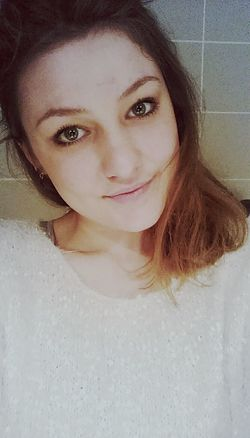 Eyemselfie Frenchgirl Goingtoparty French