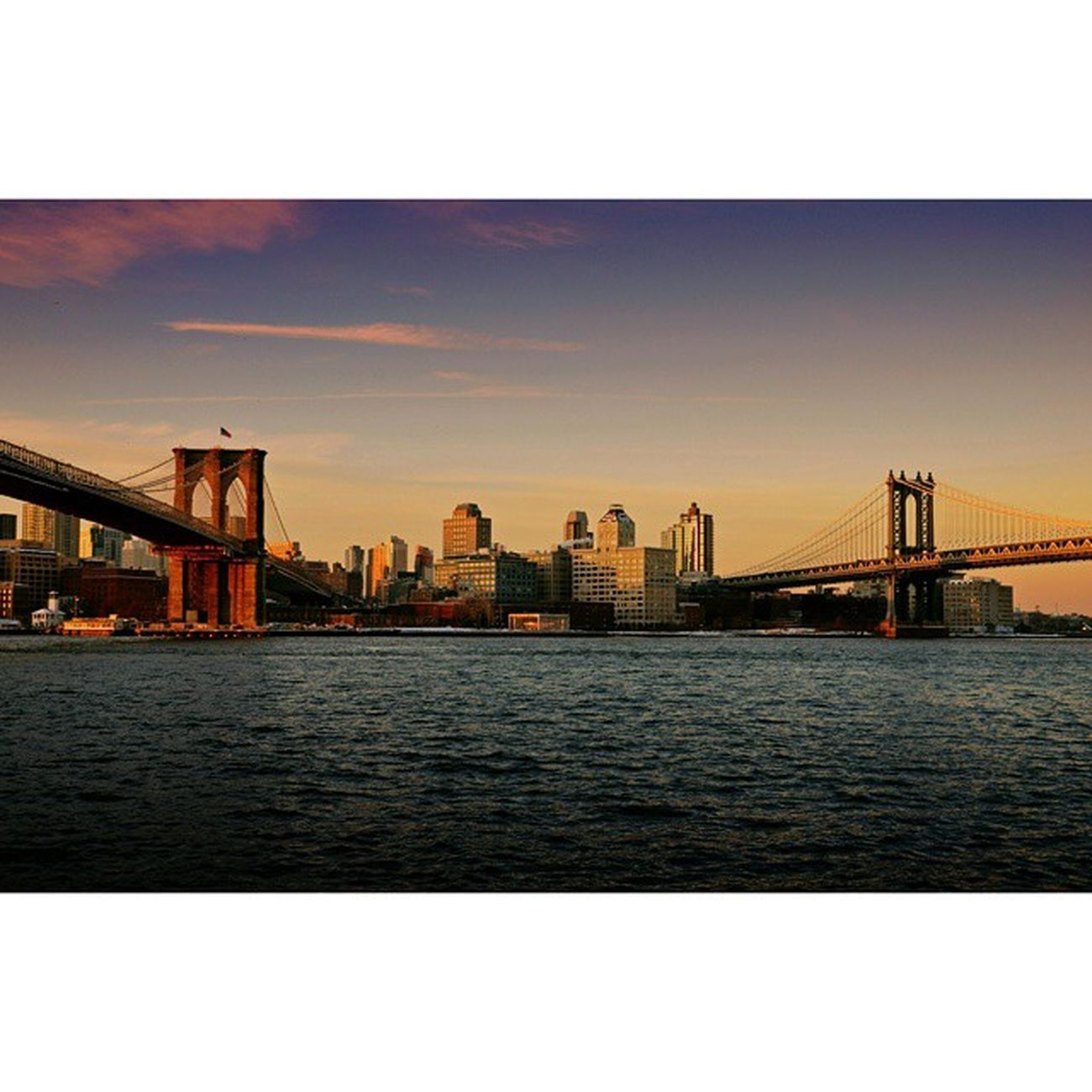 View the Brooklyn Bridge and Manhattan Bridge ?
