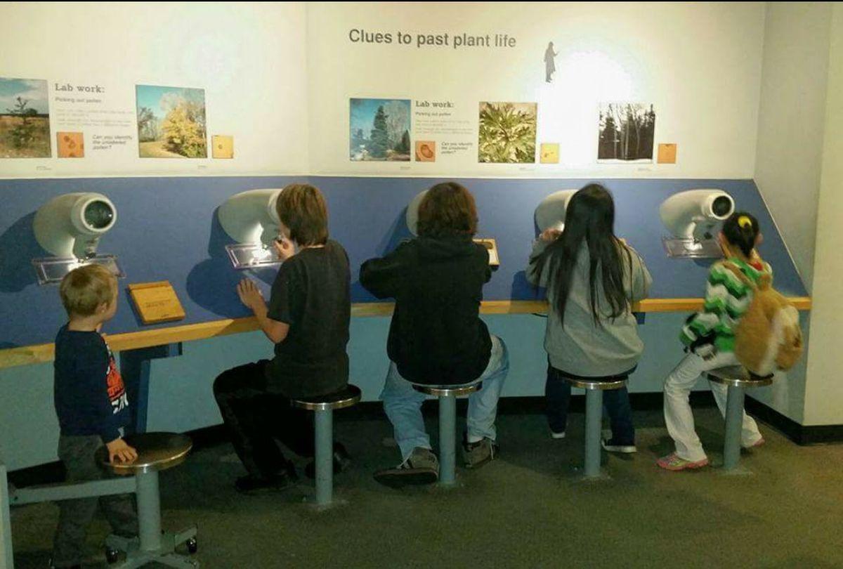 Cincinnati Union Terminal Historical Building Museum Cincinnati Children Teaching The Youth  Ohio, USA Internet Addiction