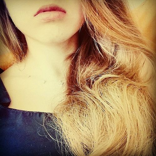 Pink Lips Intstamood Blond Take me down to the paradise city.