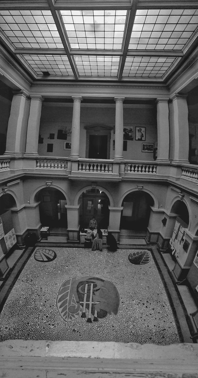 School School Of Art Art Photography Hello World Sibiu Romania Blackandwhite