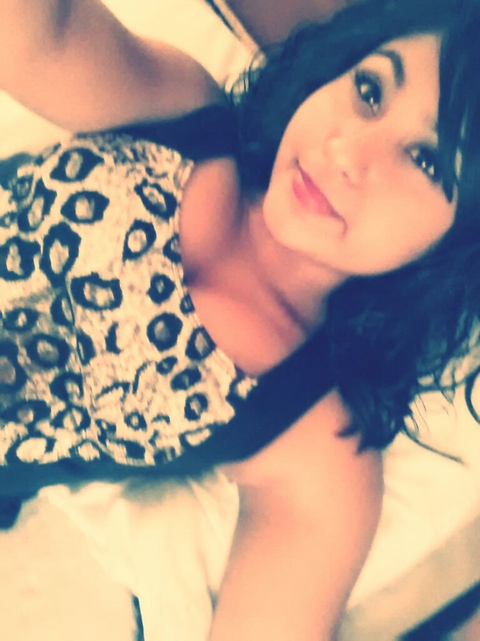 Hanging Out Chilling Sunshine Airplane Bored Exploring Taking Photos Modeling Chinese Food Corners Curls Brown Eyes Mexican Pride ♥♥♥♥♥ Boricua Follow4follow Cheetah Print ❤ Follow Me I Follow Back ^-^