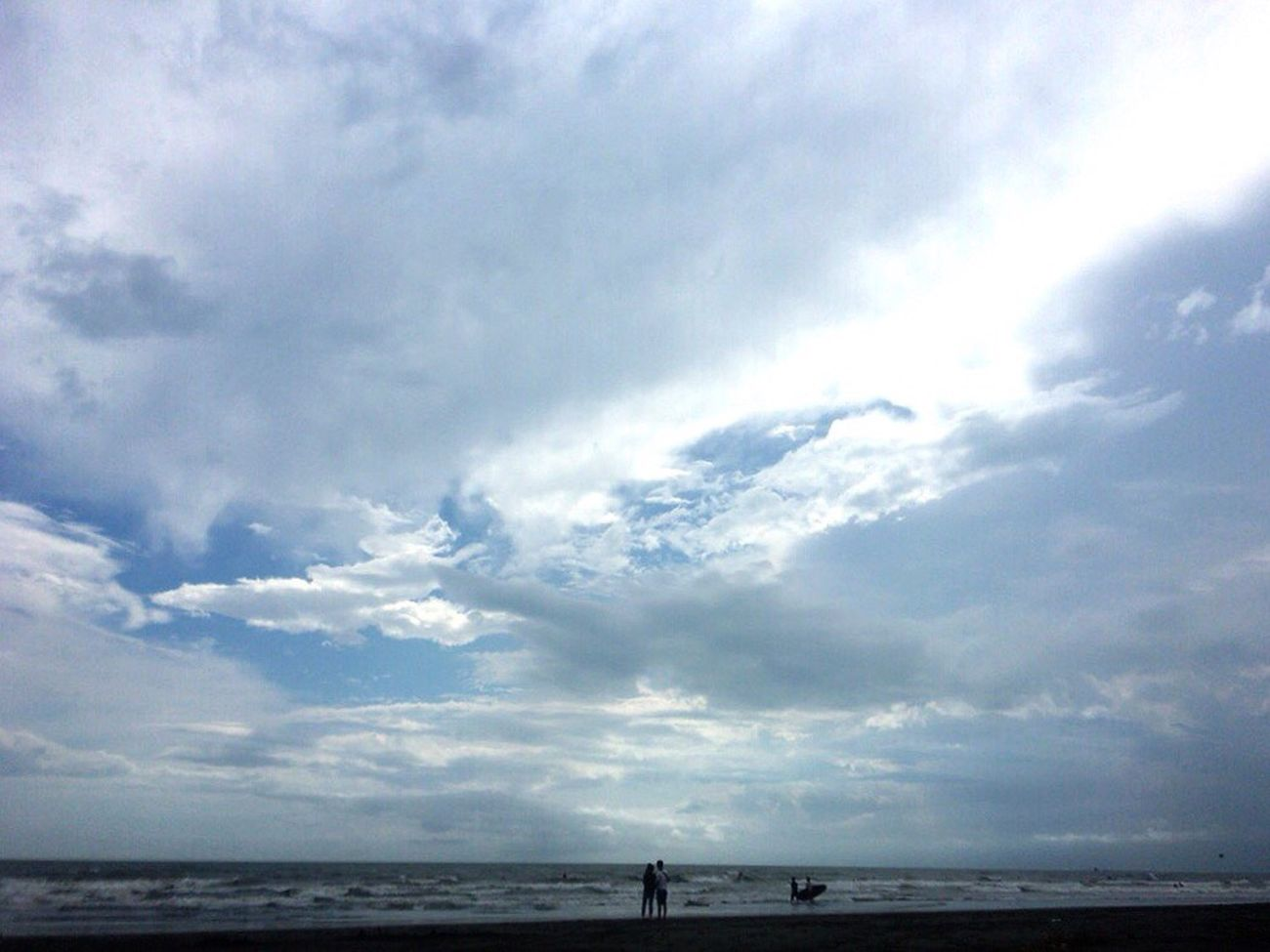Sea Sky Tranquility Horizon Over Water Scenics Beach Tranquil Scene Beauty In Nature Cloud - Sky Water Standing Nature Cloudscape Cloudy Majestic Shore Cloud 空 雲 Sillouette Beachphotography 😊🤗