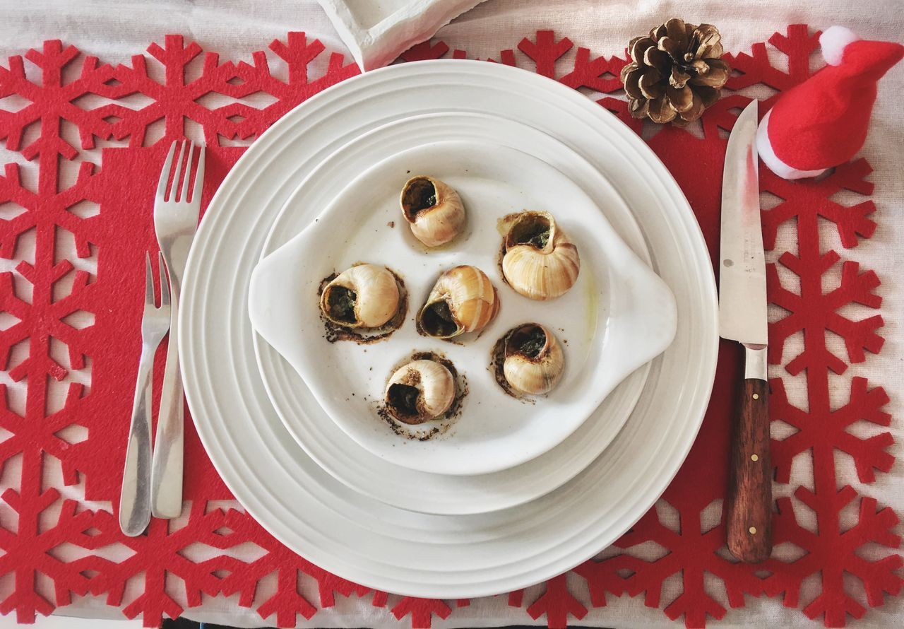 Christmas Plate Food Ready-to-eat Table Snail Escargot